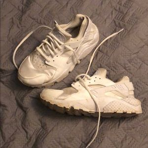 White gently worn Air Huarache sneakers